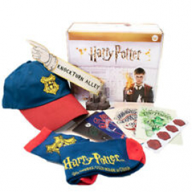 CultureFly NEW Harry Potter Collectors Gift Box -Hat,Socks,Replica Vinyl Figure