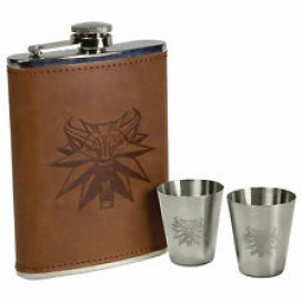 Dark Horse Comics 8 Ounce Faux Leather Witcher Deluxe Flask Set w/ Shot Glasses
